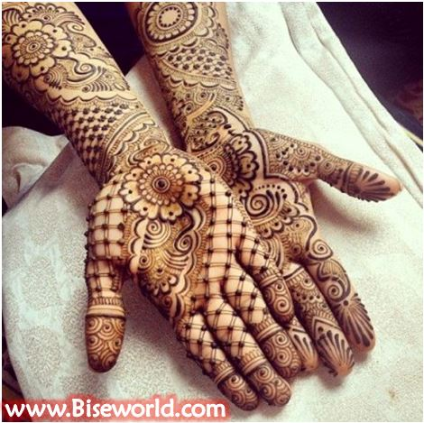Henna Girls Hands Tatoos 2015