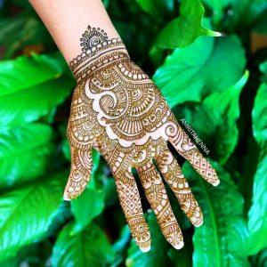 New Fashion Pakistan Hand Henna Designs 2019