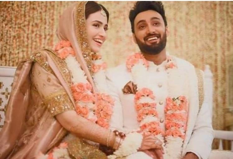 Sana Javed Umair Jaswal Wedding Pictures